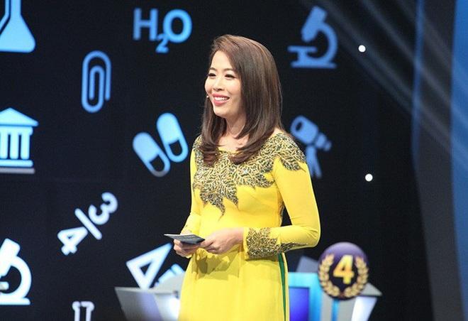 MC 5 năm dẫn Olympia Diệp Chi: Học giỏi, duyên dáng, giàu kinh nghiệm - 1