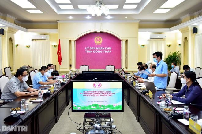 Thứ trưởng Lê Tấn Dũng: Tăng cường chống dịch tại cơ sở bảo trợ xã hội - 4