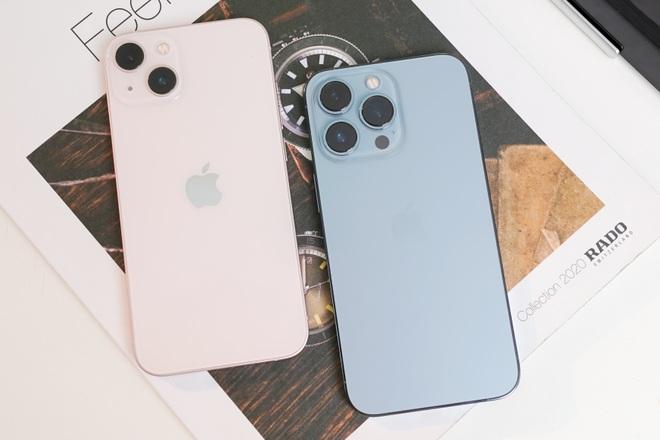 Trên tay iPhone 13, iPhone 13 Pro, 13 Pro Max tại Việt Nam - 7