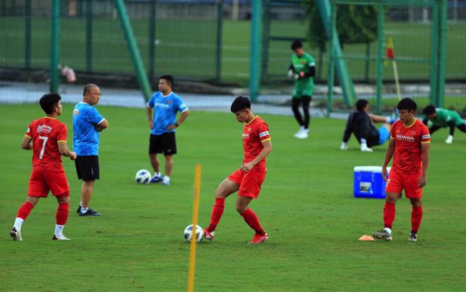 HLV Park Hang Seo ra lệnh đặc biệt trước trận gặp Trung Quốc - 6