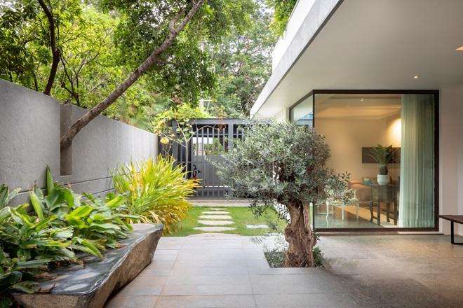Ngôi nhà rộng 700 m2 có 3 khoảng sân, được xem là thánh địa yên bình - 5