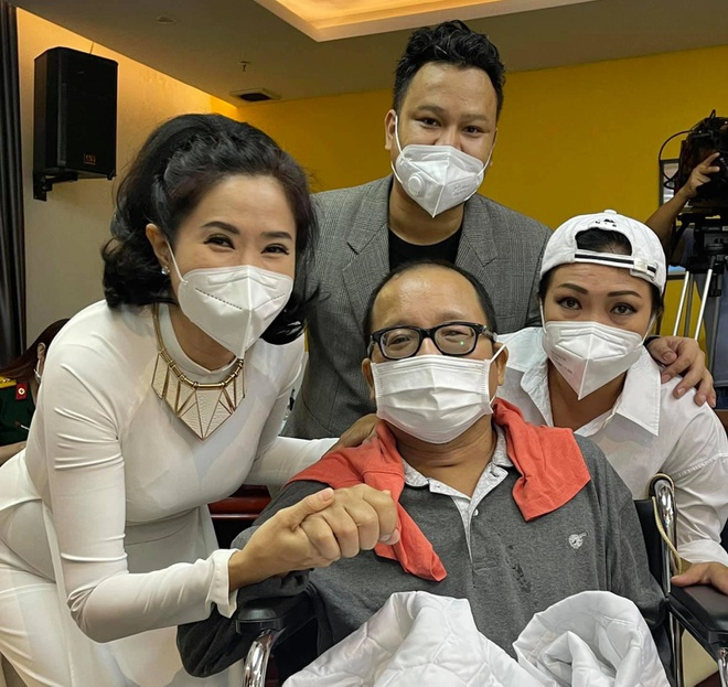 Saxophone Trần Mạnh Tuấn: Tôi đang tập vật lý trị liệu để hồi phục - 2