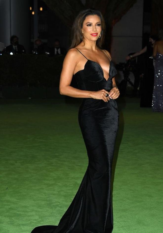 Dàn người đẹp Hollywood xúng xính váy áo tham gia dạ tiệc - 14