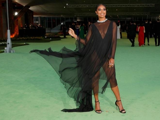 Dàn người đẹp Hollywood xúng xính váy áo tham gia dạ tiệc - 10