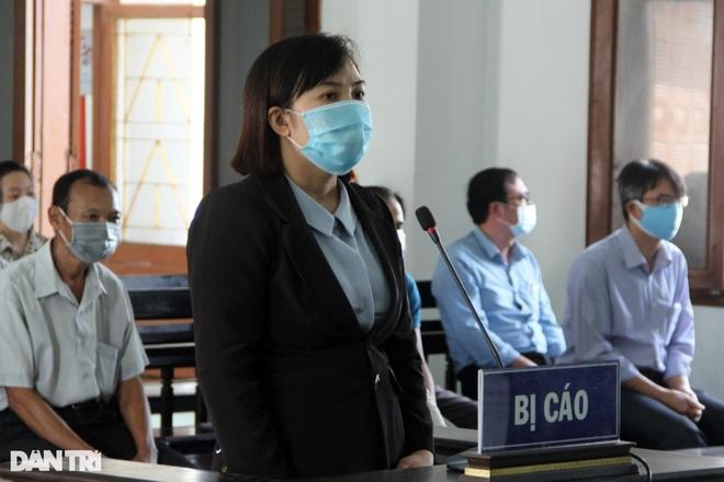 Phó Giám đốc Sở Nội vụ cùng 16 cán bộ lĩnh án tù vì bê bối thi công chức - 4