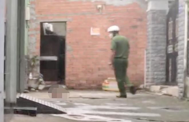 Công an điều tra vụ thi thể người đàn ông không nguyên vẹn ở trong hẻm - 1