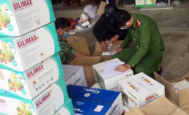 Bắt lô thuốc bảo vệ thực vật khủng nghi giả ở An Giang - 2