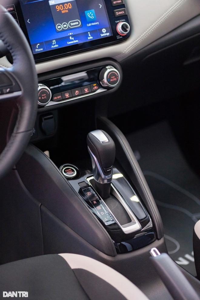 Chi tiết Nissan Almera tại đại lý, cạnh tranh trực tiếp với Vios, Accent - 10