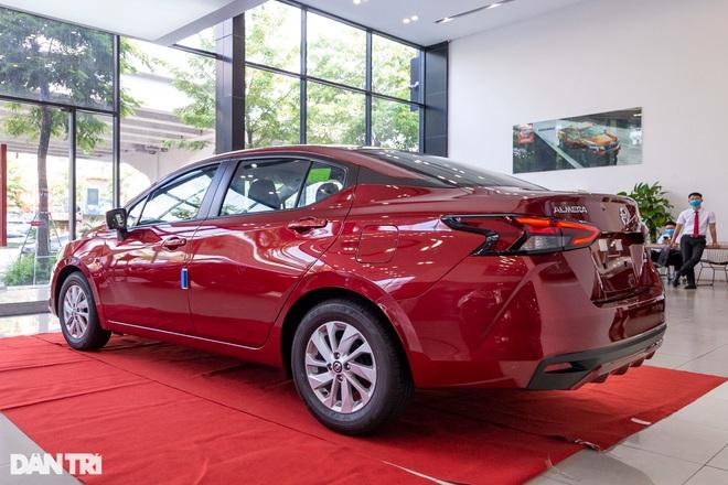 Chi tiết Nissan Almera tại đại lý, cạnh tranh trực tiếp với Vios, Accent - 2