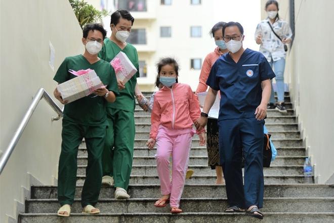 Bộ Y tế dự kiến tiêm vaccine Covid-19 cho trẻ 12-17 tuổi từ tháng 10 - 1
