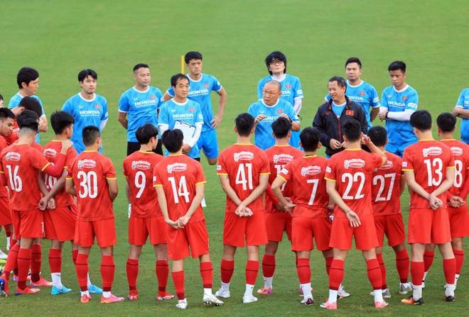 Đội tuyển Việt Nam rút gọn danh sách đi UAE đấu Trung Quốc - 2