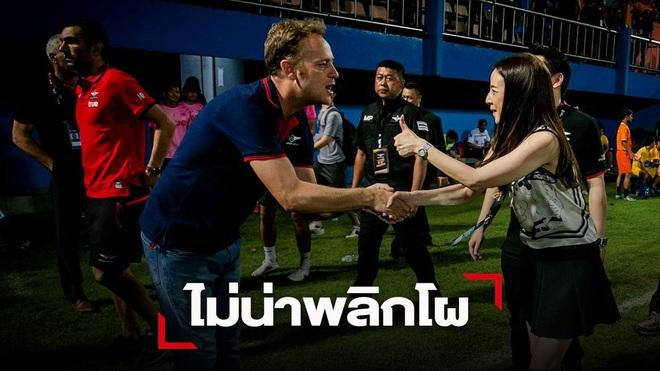 Hé lộ mức lương khủng của HLV Mano Polking khi dẫn dắt tuyển Thái Lan - 1
