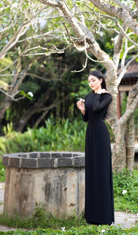 Hoa khôi Thùy Trang: Chừng nào Sài Gòn hết dịch, con về thăm nhà - 8