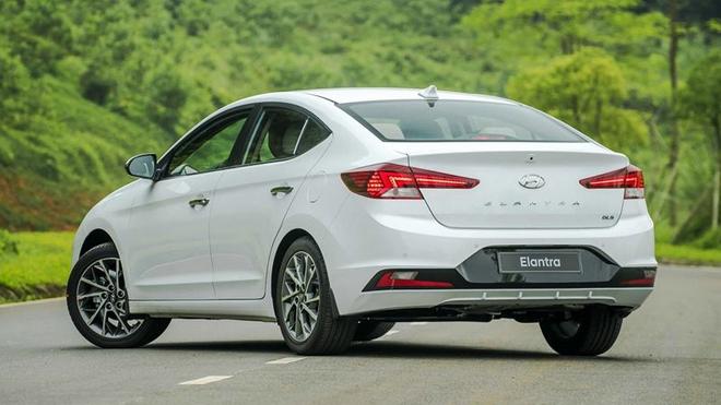 Kia K3 2022 và các mẫu sedan hạng C tầm giá 600 triệu đồng tại Việt Nam - 6