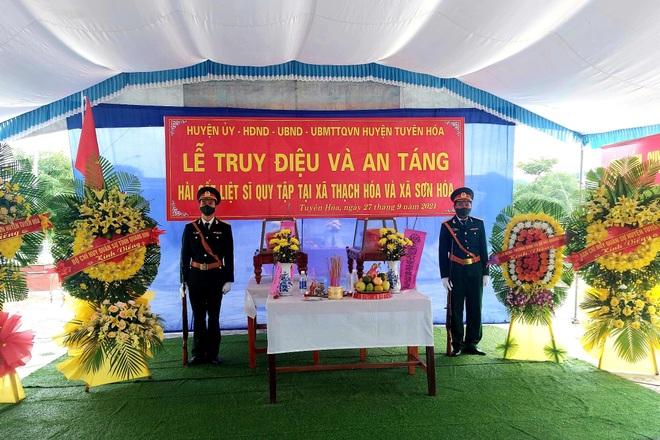 Truy điệu và an táng 2 liệt sĩ vô danh vừa được quy tập tại Quảng Bình - 1