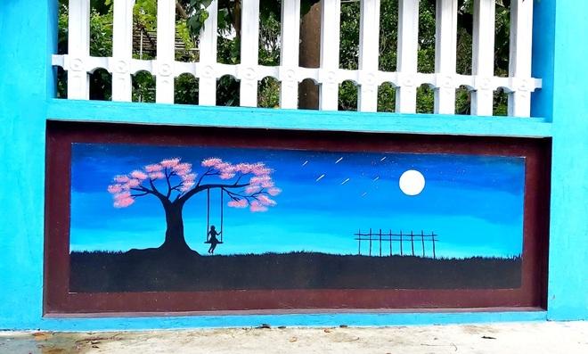 Mẹ đảm ở Vĩnh Phúc biến tường rào cũ kỹ thành loạt tranh vẽ sinh động - 7