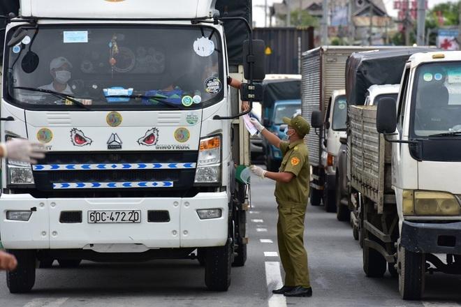 Bộ Giao thông chuyển Bộ Công an cấp mã QR cho xe vận tải hàng hóa - 1