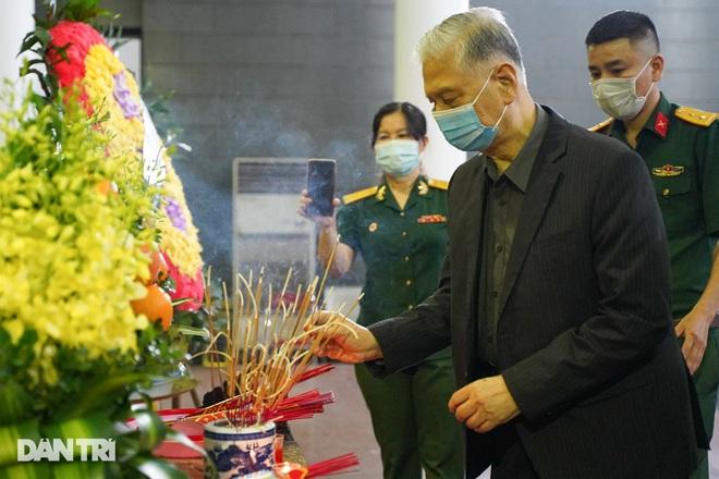 Lễ tang Hùm xám đường số 4 - Trung tá Đặng Văn Việt - 7