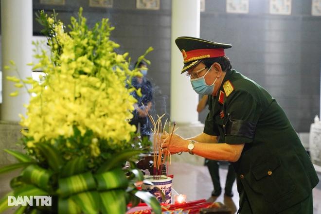 Lễ tang Hùm xám đường số 4 - Trung tá Đặng Văn Việt - 3