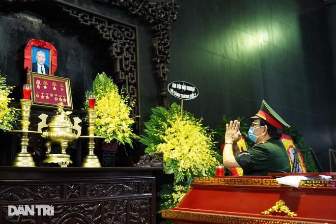 Lễ tang Hùm xám đường số 4 - Trung tá Đặng Văn Việt - 13