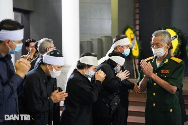 Lễ tang Hùm xám đường số 4 - Trung tá Đặng Văn Việt - 10