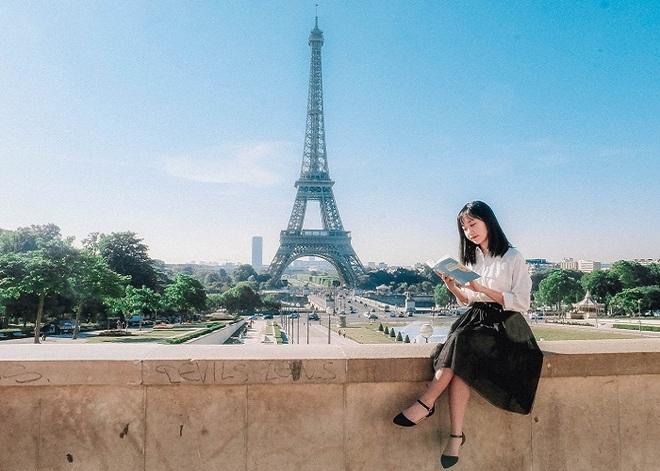 Tại sao tháp Eiffel cao thêm 15cm vào mùa hè? - 1