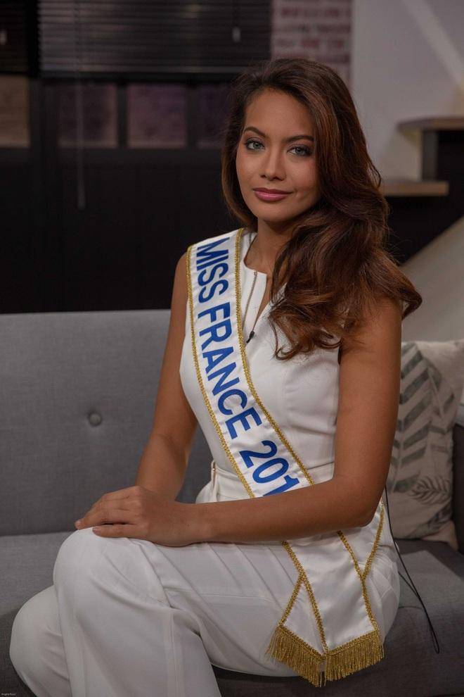 Hoa hậu Pháp tiết lộ bị nhóm thanh niên ném đá trên phố - 2