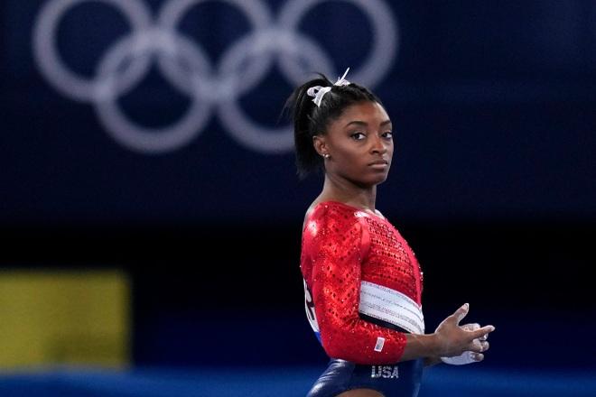 Cô gái vàng tiết lộ sự thật về góc khuất của thể thao Mỹ - 2