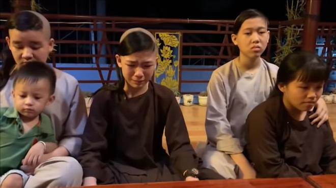 Số phận các con nuôi như thế nào sau khi Phi Nhung qua đời? - 2