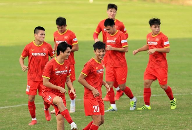 Đội tuyển Việt Nam đón tin cực vui trước trận gặp Trung Quốc - 3