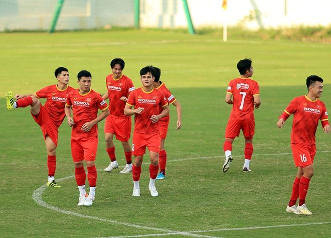 Đội tuyển Việt Nam đón tin cực vui trước trận gặp Trung Quốc - 5