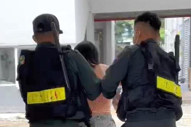 Bí thư phường nói gì về việc cảnh sát vào nhà cưỡng chế dân test Covid-19? - 3