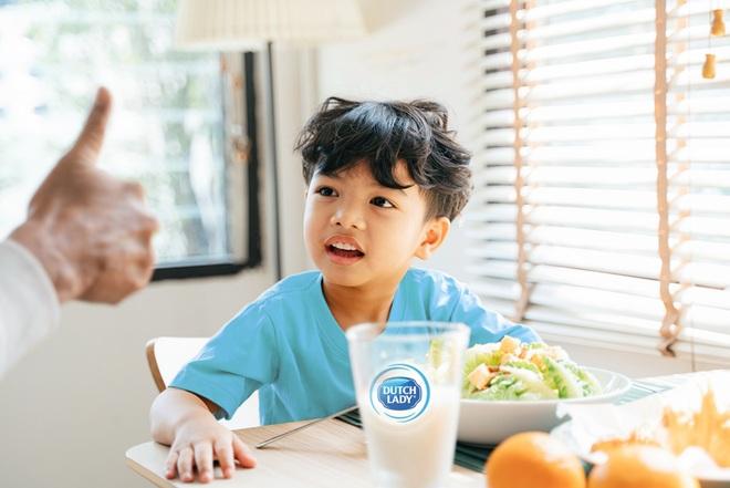 Lý do WHO đề xuất sữa tươi là thực phẩm nên dự trữ trong mùa dịch - 1