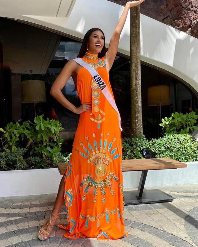 Cô gái cao 1,82 m đăng quang Hoa hậu Hoàn vũ Puerto Rico - 8