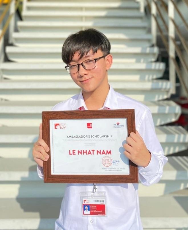 Gen Z 19 tuổi làm cố vấn giúp nhiều học sinh giành học bổng đại học quốc tế - 1