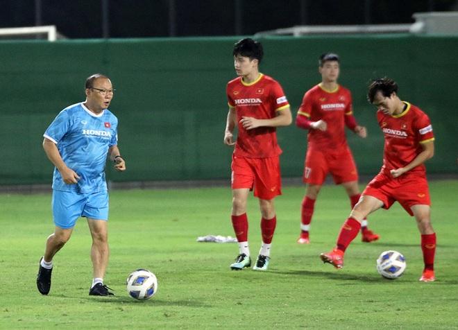 Đội tuyển Việt Nam mổ băng Trung Quốc, không ngại cầu thủ nhập tịch - 1