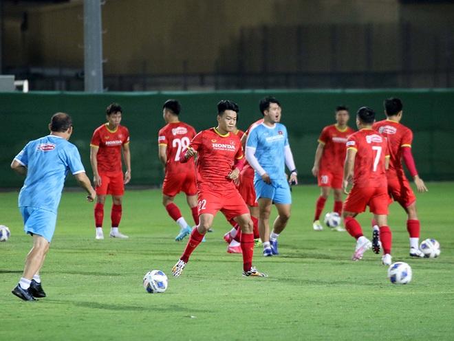 Đội tuyển Việt Nam mổ băng Trung Quốc, không ngại cầu thủ nhập tịch - 2