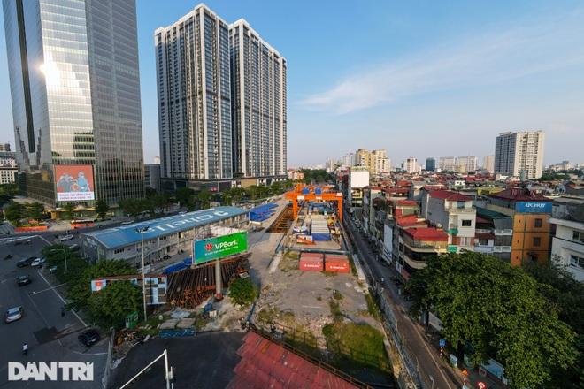 Metro Nhổn - ga Hà Nội: Công trường hoang vắng, cỏ dại mọc um tùm - 8