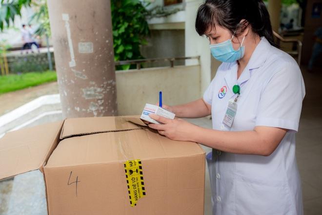 Molnupiravir được đưa vào điều trị thí điểm F0 tại nhà có kiểm soát tại 12 tỉnh thành phố - 2