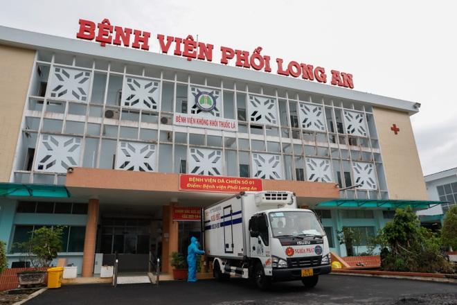 Molnupiravir được đưa vào điều trị thí điểm F0 tại nhà có kiểm soát tại 12 tỉnh thành phố - 3