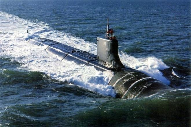 Trung Quốc lên tiếng vụ tàu ngầm hạt nhân Mỹ va chạm vật thể lạ ở Biển Đông - 2