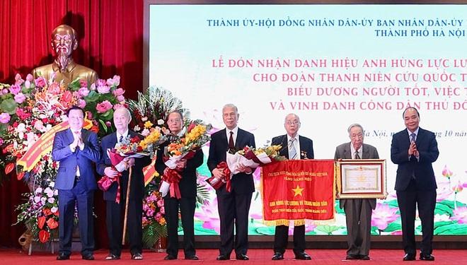 Đoàn Thanh niên cứu quốc thành Hoàng Diệu nhận danh hiệu Anh hùng LLVTND - 1
