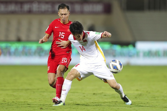 Đội bóng đứng thứ 6 ở Oman bất ngờ muốn chiêu mộ Hoàng Đức - 1