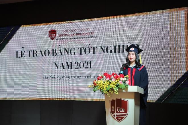 Gần 700 cử nhân, thạc sĩ, tiến sĩ nhận bằng tốt nghiệp online - 2