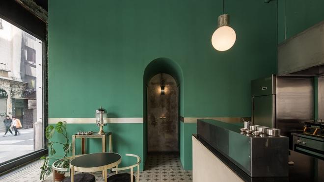 Quán cà phê đổ nát, thiết kế xuyên thấu giúp khách ngắm trọn cảnh quan - 3