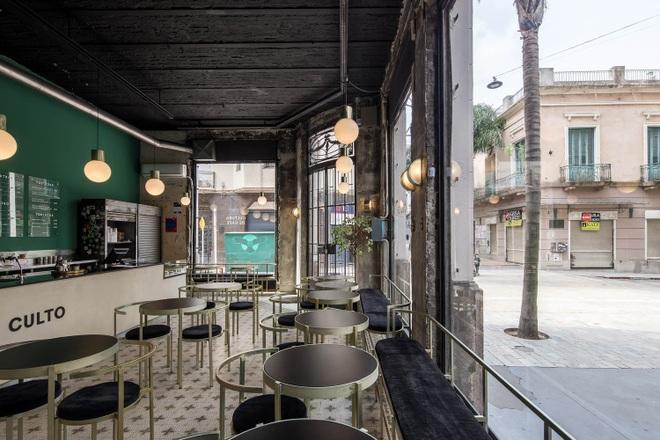 Quán cà phê đổ nát, thiết kế xuyên thấu giúp khách ngắm trọn cảnh quan - 5