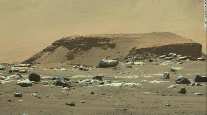 Tàu thám hiểm Perseverance hé lộ quá khứ của sao Hỏa - 1