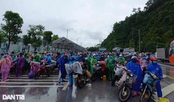 Khoảng 1,3 triệu lao động Việt Nam về quê né dịch Covid-19 - 1