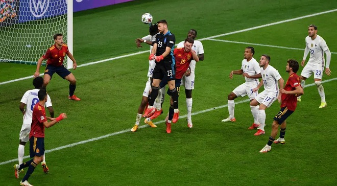 Những khoảnh khắc Pháp đánh bại Tây Ban Nha để lên ngôi vô địch - 12