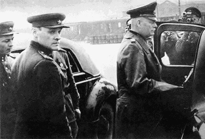 Điệp viên Liên Xô bị cài thiết bị nghe lén ngay trong phòng làm việc (kỳ 2) - 4